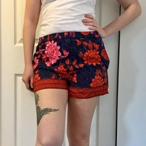 Anthropologie printed shorts size M